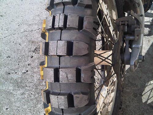 Mitas E09 Review / Road Test
